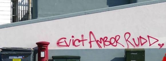 amber grafitti evict 2