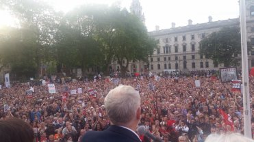 corbyn and crowd